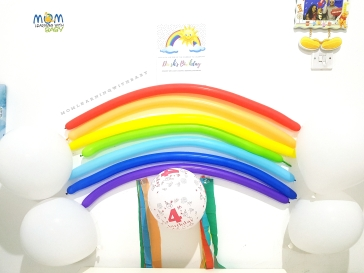 Rainbow & Clouds balloons